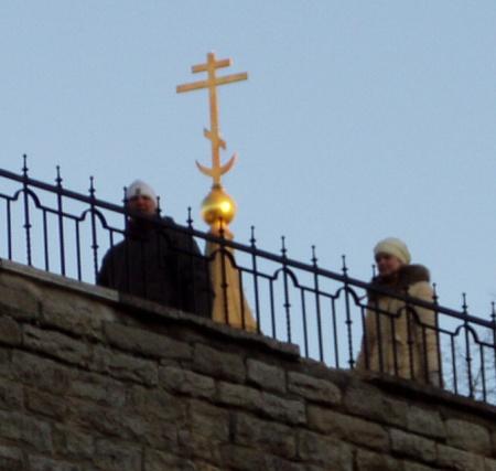 Miks on Nevski katedraalil kuldne poolkuu? Kas õigeusul ja islamil on midagi ühist?