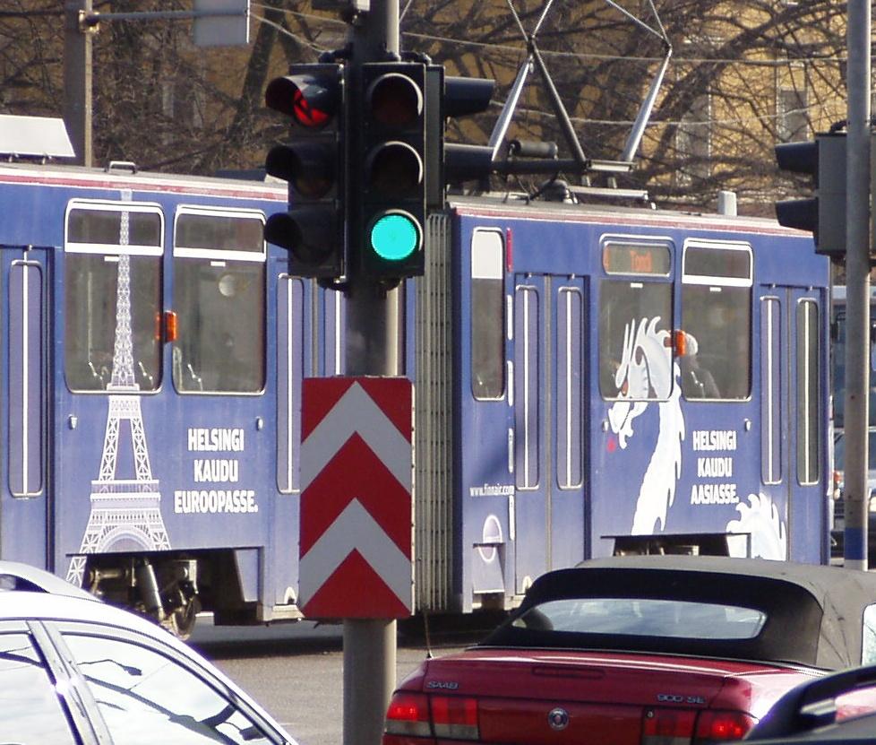 Helsingi kaudu aasiasse. 14. märts 2009 Tallinn Pärnu mnt. Foto Virgo Kruve