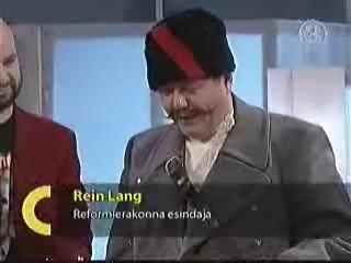 20.12.2003 Rein Lang saab kultuuri piduri nimetuse kogu Reformierakonna nimel. foto tv3