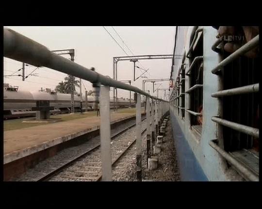 india raudteel on vagunitel trellid ees
