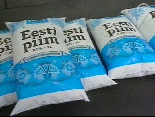 """3. septembril näitas TV3 uut toodet kilepakendis """"Eesti piim"""" mille kõrgemast hinnast läheb 1 kroon vist otse tootjale. Mina ei poolda sellist tootja abistamist läbi tarbija kõrgema hinna. Pilt tv3"""