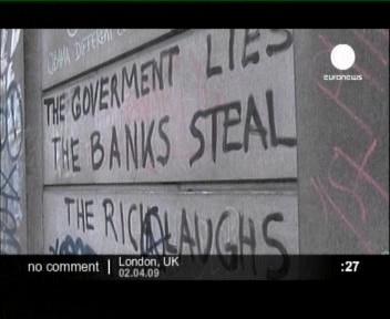 London ja NATO tippkohtumine oli kapitalismi vastu protestijate tegevuskohaks. Maailmaga mängiti Monopol´i mängu. Valitsus valetab, pank varastab, rikkad naeravad.