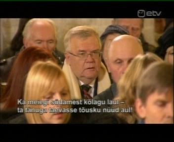 Tallinna linnapea Edgar Savisaar kirikus jumalateenistusel. Jõululaupäev 24.12.2009
