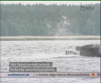 eesti kaitseliitlased dziibiga meres. Kaader ETV 15. juuni 2010