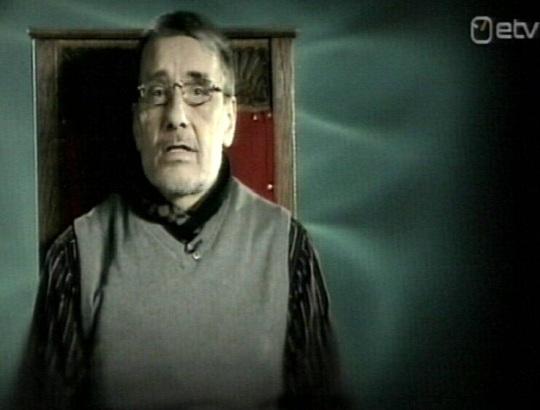Paul-Eerik Rummo: Tavaline hull. Riigikogu Reformierakonna liige loeb luuletust 21. juuli 2010 ERR kanalil.