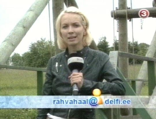 27. juuli TV3 uudistes oli saates kasutatud delfi.ee materjale ja kasutajate internetis avaldatud videosid. See ei ole enam televisioon ehk originaalmaterjali edastamine vaid interneti kopeerimine televiisorisse. Kaader uudistest