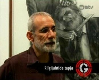 Poliitikuid kunstiliste joonistustetega tappev mees. Tema taga on näha vist Brasiilia presidendi Lula da Silva kaela nüsimist noaga.