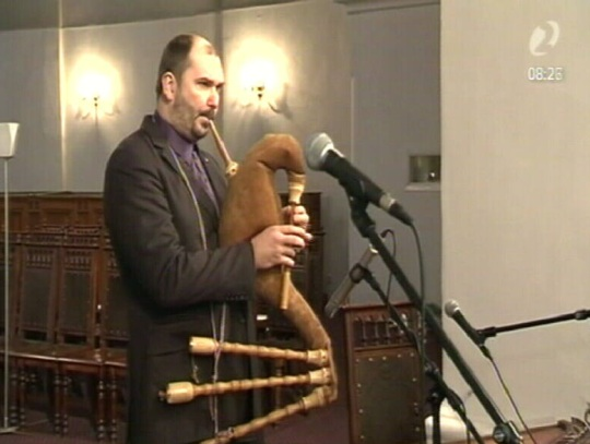 Ando Kiviberg kandideerib 6. märtsil ja mängib vaestele inimestele.