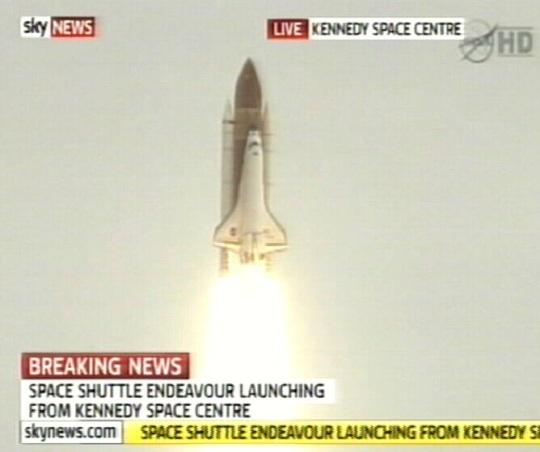 Esmaspäeval 16. mail 2011 lendas orbiidile viimane süstik Endeavour ja sellega sai ümber kakskümmend aastat kestnud periood kosmoselendude ajaloos. Kaader SKY-news